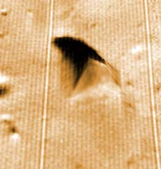 Piramide ripresa dalla sonda Phobos