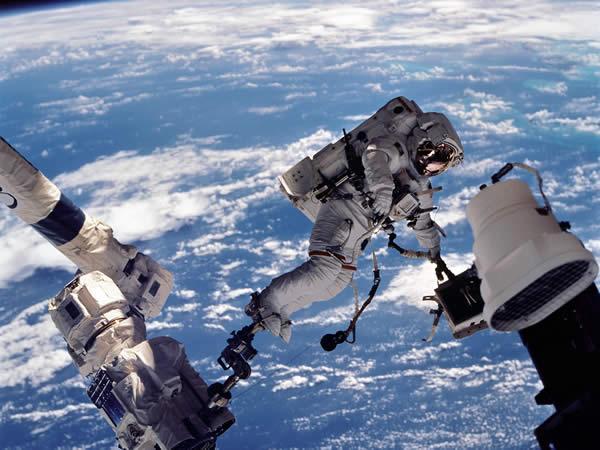 Esperienze mistiche degli astronaut