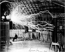 Tesla nel suo laboratorio