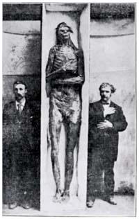 Risultati immagini per scheletri giganti foto autentiche