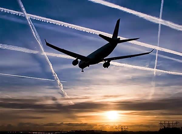 Scie chimiche nel cielo