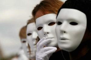 Indossare maschere