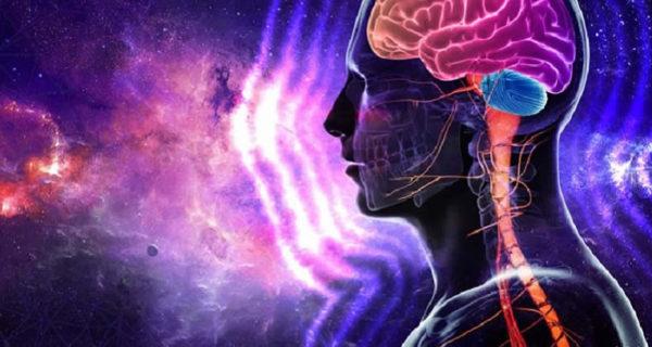 L'approccio alla scienza deve essere visto, secondo Todeschini, sotto tre aspetti: fisico, biologico e psichico. Conoscere ciascuno di essi, permette di scoprire cosa sia la nostra realtà oggettiva, biologica e soggettiva. Scienza, filosofia e teologia vengono così integrate, sfociando tutte nella medesima verità, che consiste nel portare lo spirito umano sempre più in alto verso la meta che lo attende (finalità ultima del Creato). La prima lo fa attraverso dimostrazioni, l'altra per ragionamento, l'ultima per Fede. La finalità della scienza, secondo Todeschini, non è quella di sfruttare le sue applicazioni pratiche per l'esclusivo benessere materiale o basso egoismo di uomini e nazioni, ma bensì quello di farci intravvedere o (percepire) nella infinita generalità di ogni cosa e nell'ordine del Creato, l'opera del Creatore. Tutto ciò, auspicava Todeschini, avrebbe portato all'affratellamento dei popoli e non alla loro distruzione. Nasce così la Psicobiofisica.