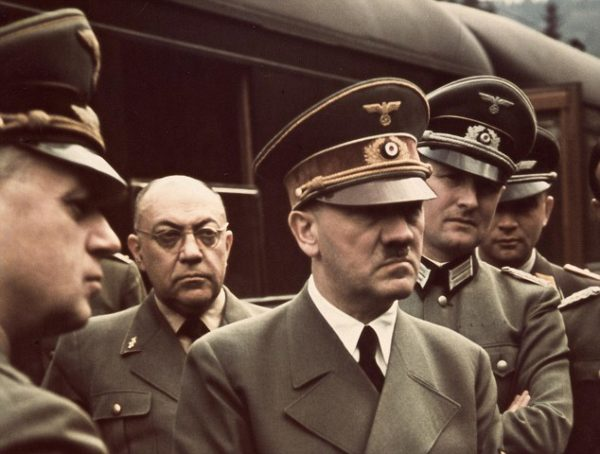 Hadolf Hitler