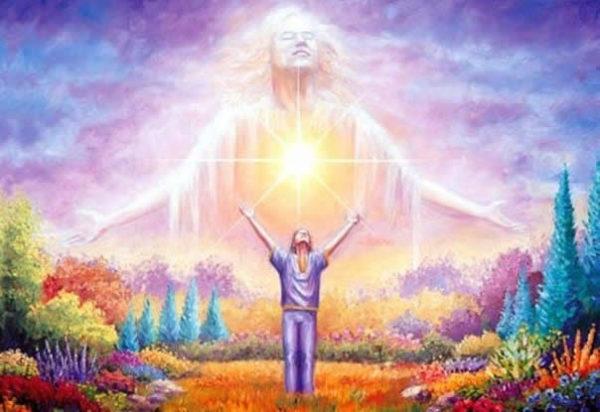 Immaginate uno splendido angelo che si libra sopra di voi, irradiando gioia e tranquilla saggezza. Questo angelo vi ama incondizionatamente e non vi giudica mai né vi ripudia, qualunque cosa facciate. Pensate alla vostra anima come a quell'angelo. Finché rimanete vicini al vostro angelo sentendone la presenza, tutto andrà bene per voi e vi sentirete protetti e al sicuro. Sentirete che c'è qualcosa di più grande di voi e di profondamente amorevole che vi sostiene nel vostro viaggio della vita e sarete capaci di sperimentare la gioia e la pienezza anche quando le cose non andranno lisce.