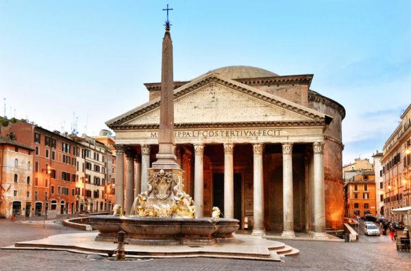 Pantheon con fontana