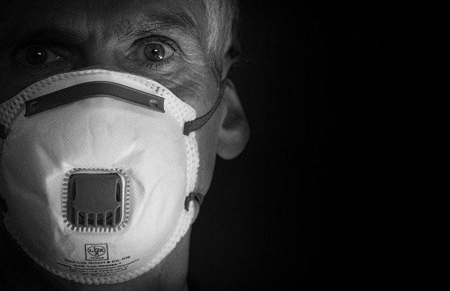 La mascherina e il suo impatto sull'ambiente - L'Ecopost