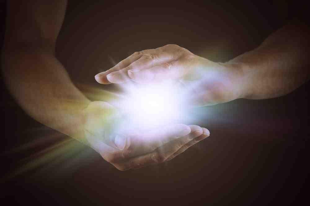 Energia delle mani: un grande potere nascosto dentro di noi
