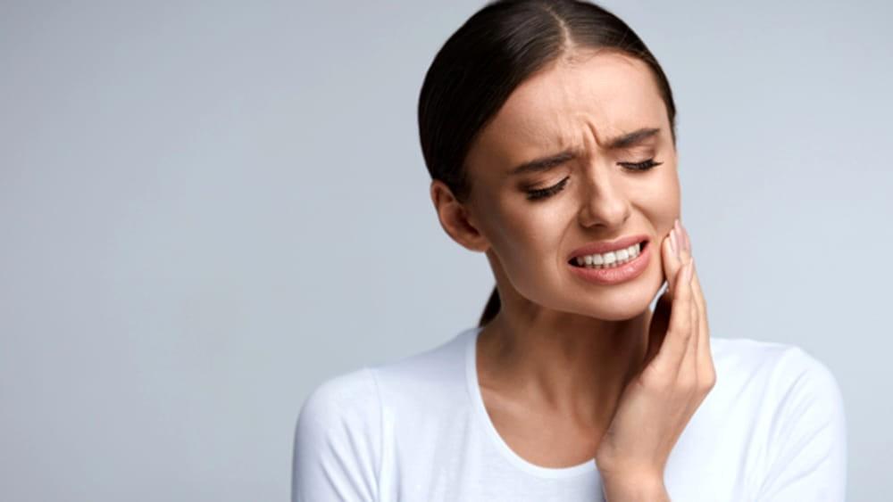 come curare a casa il mal di denti