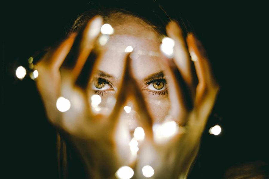 Come capire se hai poteri paranormali | Astri e Futuro