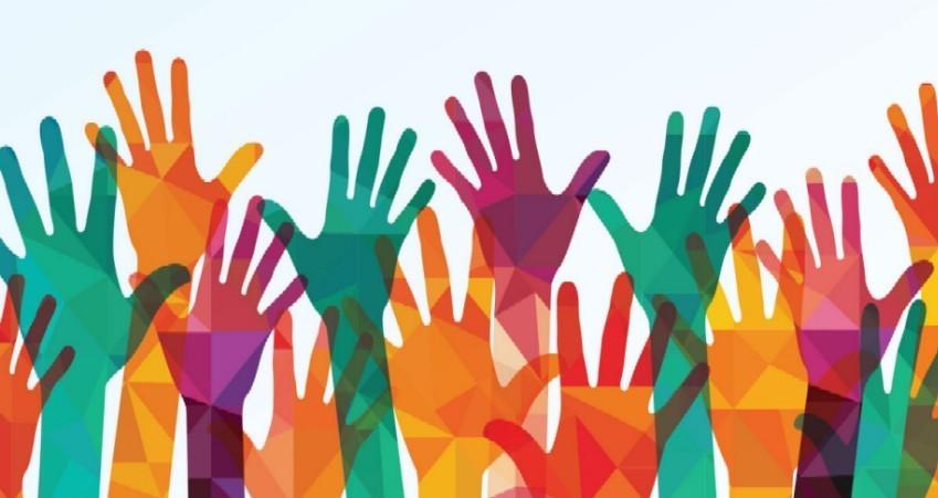 """AAA volontari cercansi: a Cles si fa formazione (con """"apericena"""") per capire come coinvolgere i giovani nelle associazioni di volontariato - La voce del Trentino"""