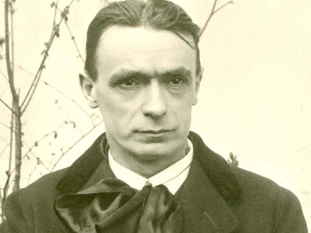 Nel 1917 Rudolf Steiner Prevedeva Un Vaccino Che Avrebbe `` Scacciato Dall'anima Delle Persone Ogni Inclinazione Verso La Spiritualità '' - Uno Scienziato Affermò Di Averlo Fatto 16 Anni Fa