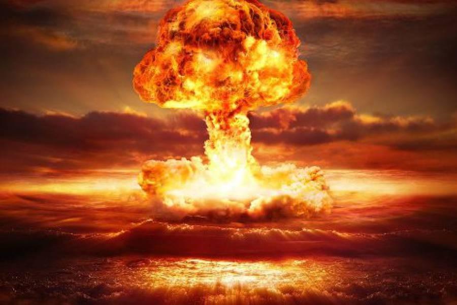 Trump ha la soluzione per fermare gli uragani: lanciare una bomba atomica! | METEOGiuliacci.it